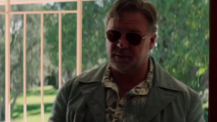 """Fashion Trends 2021: The printed shirt """"tropical"""" Jackson Healy (Russell Crowe) in The Nice Guys"""