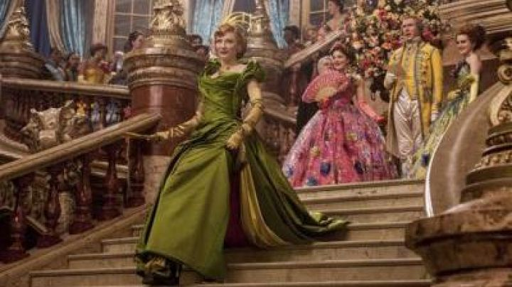 The prom dress the stepmother of Cinderella (Cate Blanchet) in the movie Cinderella Movie