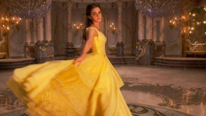 The prom dress yellow Belle (Emma Watson) in beauty and The Beast