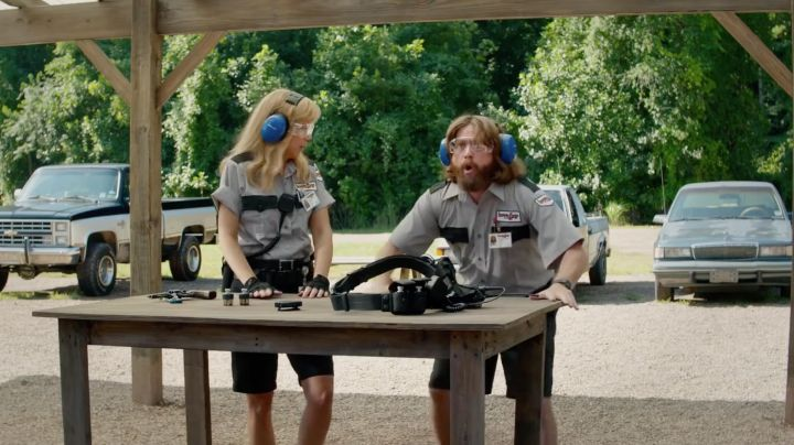 Fashion Trends 2021: The protective eyewear of David Ghantt (Zach Galifianakis) in The Brains