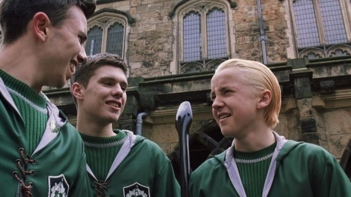 The pull of Quidditch green house Slytherin Draco Malfoy (Tom Felton) in Harry Potter and the Chamber of Secrets Movie
