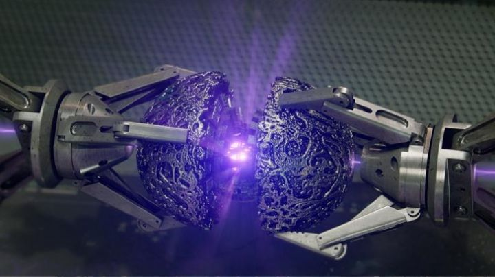 The purple Space Infinity Gem as seen in Guardians of the Galaxy - Movie Outfits and Products