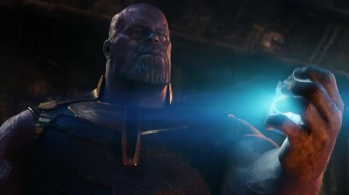 The purple mask of Thanos (Josh Brolin) in Avengers : Infinity War - Movie Outfits and Products