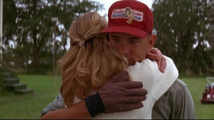 The red Cap Bubba Gump from Forrest Gump (Tom Hanks) in the movie Forrest Gump Movie