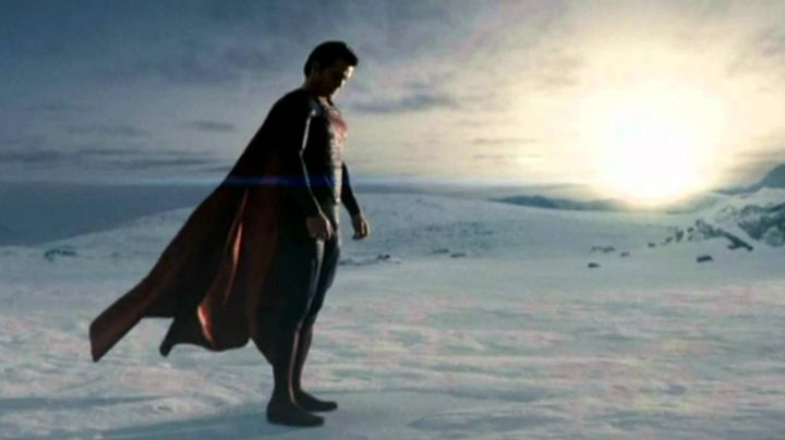 Fashion Trends 2021: The red boots of Superman (Henry Cavill) in Man of Steel