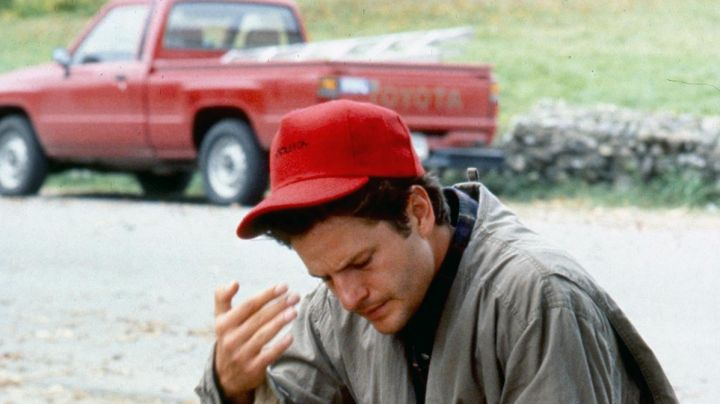 The red cap Louis Creed (Dale Midkiff) in Simetierre