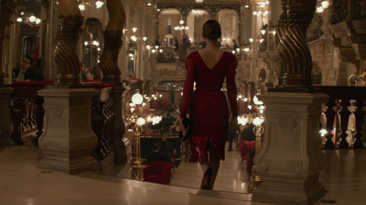 Fashion Trends 2021: The red dress by Dominika Egorova (Jennifer Lawrence) in Red Sparrow