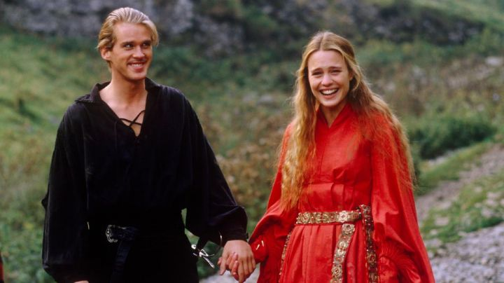 The red dress of buttercup (Robin Wright) in the Princess Bride - Movie Outfits and Products