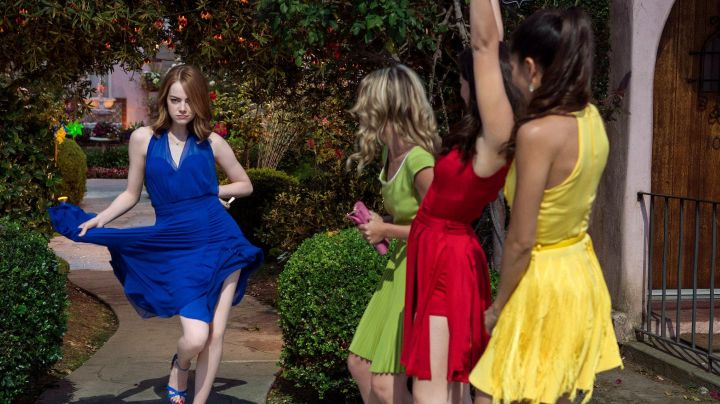Fashion Trends 2021: The red dress of the girlfriend of Mia (Emma Stone) in the The Land