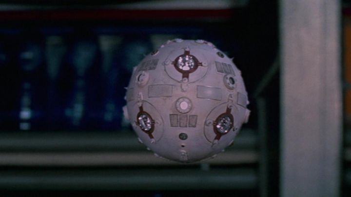 Fashion Trends 2021: The reply of the Jedi Training Remote full size in Star Wars IV : A new hope