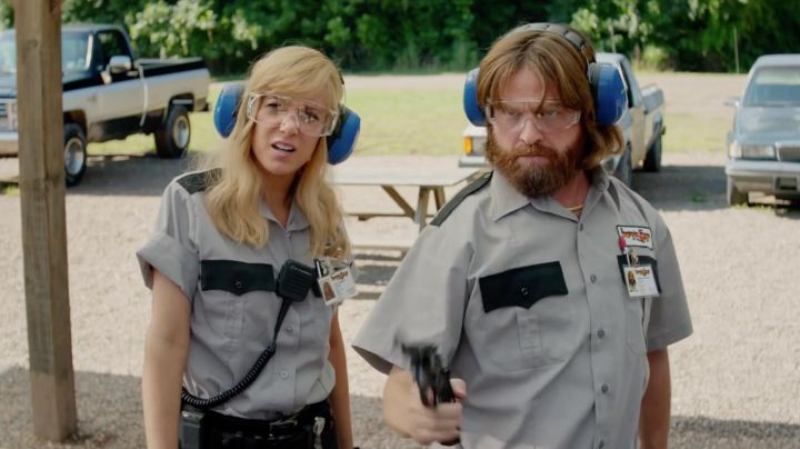 Fashion Trends 2021: The report covers the ears 3M, Kristen Wiig and Zach Galifianakis in The Brains