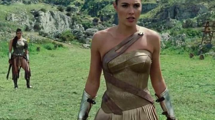 The required training of Wonder Woman (Gal Gadot) in Wonder Woman