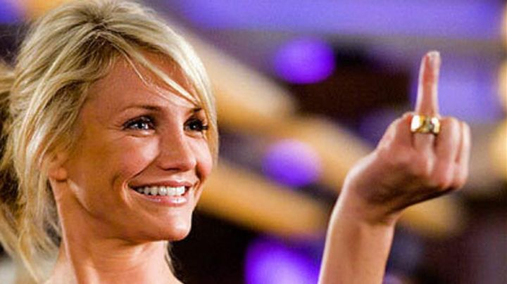 The ring and challenges Cameron Diaz in Jackpot - Movie Outfits and Products