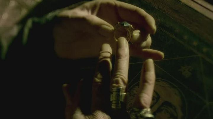 The ring of Gaunt in Harry Potter and the half-blood prince - Movie Outfits and Products