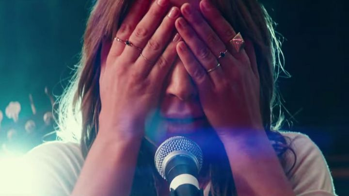 The rings of Ally (Lady Gaga) in A Star is Born movie