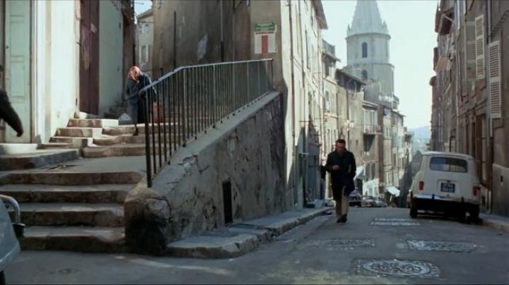 The rise of the accoules in Marseilles in the French Connection - Movie Outfits and Products