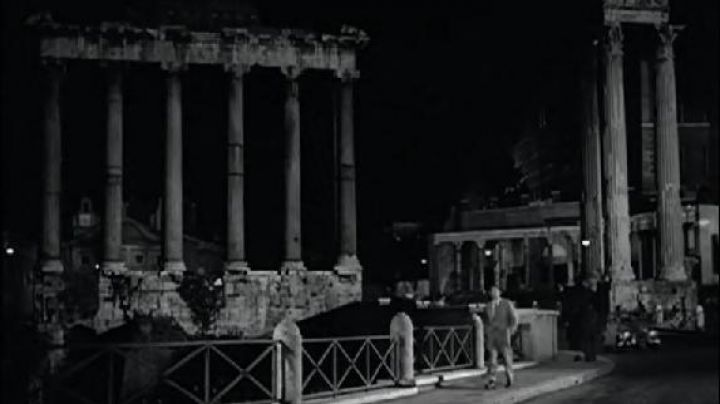 The roman forum in roman Holiday - Movie Outfits and Products