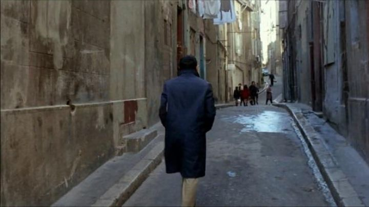 The rue Baussenque to Marseille in the French Connection - Movie Outfits and Products