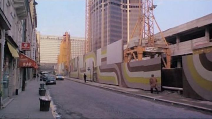 The rue du départ in The last tango in Paris - Movie Outfits and Products