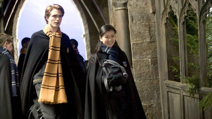 The scarf Hufflepuff Cedric Diggory (Robert Pattinson) in Harry Potter and the goblet of fire movie