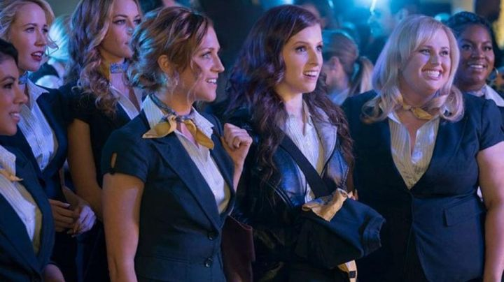 The shirt Ann Taylor of the Bellas in Pitch Perfect 3 - Movie Outfits and Products