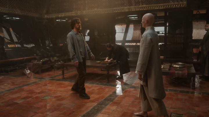 The shoes from Dr. Stephen Strange (Benedict Cumberbatch) in Doctor Strange movie