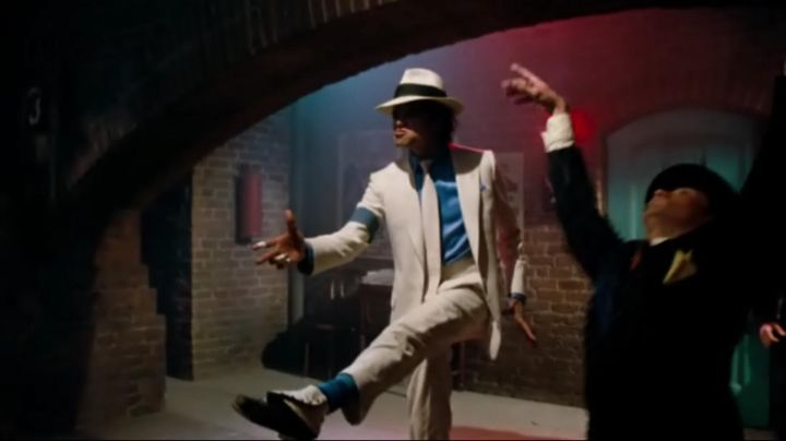 The shoes of Michael Jackson on the title Smooth Criminal in Moonwalker - Movie Outfits and Products