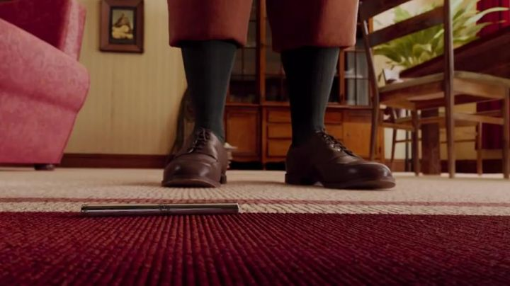 The shoes of Tintin in The adventures of Tintin : the secret of the unicorn - Movie Outfits and Products
