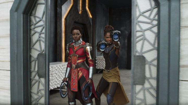 The skirt of Shuri (Letitia Wright) in Black Panther Movie