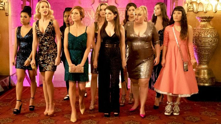 The sleeve Anne Klein Beca (Anna Kendrick) in Pitch Perfect 3 - Movie Outfits and Products