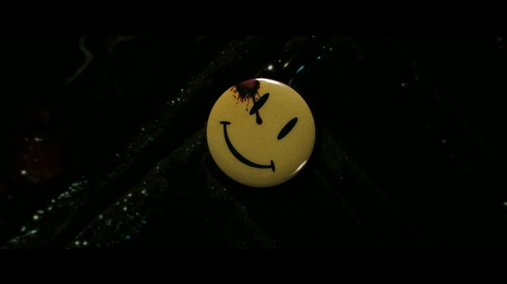 Fashion Trends 2021: The smiley badge yellow in Watchmen