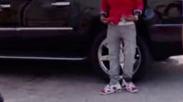 The sneakers Air Jordan 6 Carmine in Barbershop 3 - Movie Outfits and Products