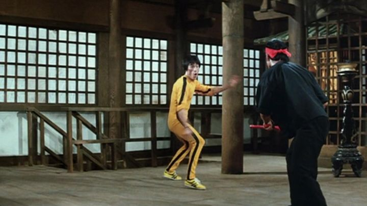 The sneakers Onitsuka Tiger Tai Chi Billy Lo (Bruce Lee) game of Death - Movie Outfits and Products