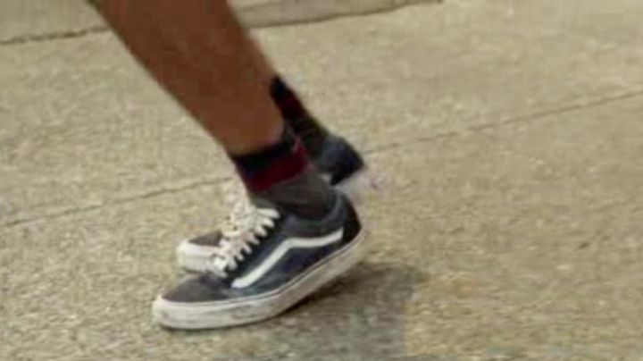 The sneakers Vans Old Skool blue and Black in Sexy Dance 5 - Movie Outfits and Products