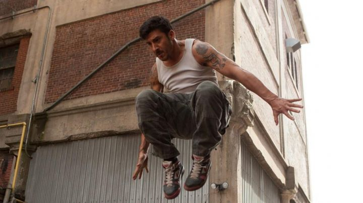 Fashion Trends 2021: The sneakers black and red high tops Nike Lino (David Belle) in Brick Mansions