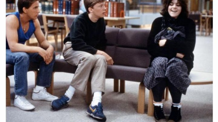 The sneakers of Brian Johnson in Breakfast Club - Movie Outfits and Products