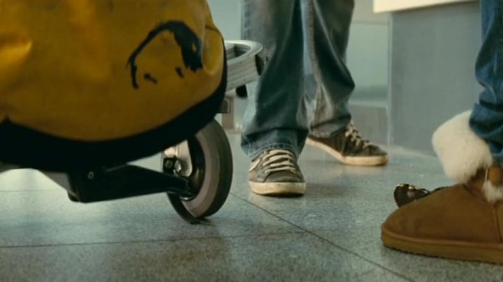 The sneakers of Jean-Yves (Dany Boon) in A perfect plan - Movie Outfits and Products