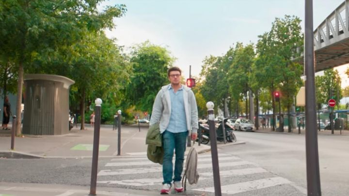 The sneakers of Reuben (Kev Adams) in Gangsterdam - Movie Outfits and Products