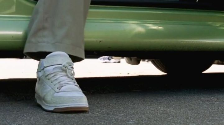 The sneakers of Viola (Amanda Bynes) in She's The Man - Movie Outfits and Products