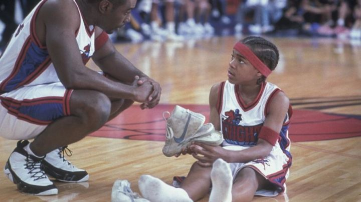 The sneakers of kalvin cambridg in Like Mike / Magic Sneakers - Movie Outfits and Products
