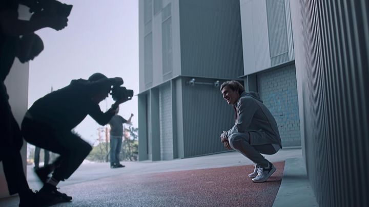 The sneakers worn by Antoine Griezmann during a photoshoot in Antoine Griezmann : Champion Of the World movie