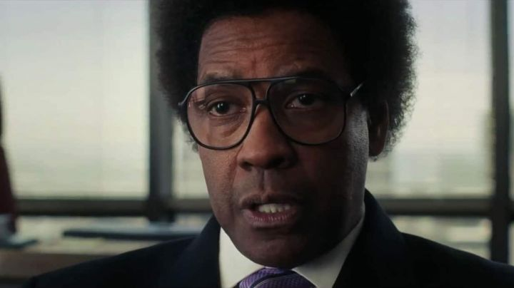 The spectacles of Roman J. Israel (Denzel Washington) in The Case of Novel J. - Movie Outfits and Products