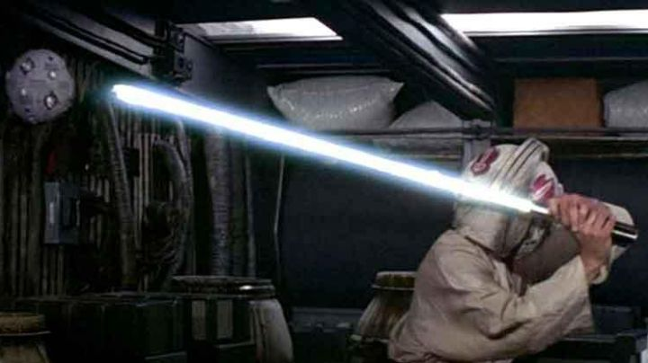 The sphere of training of a Jedi in Star Wars IV : A new hope - Movie Outfits and Products