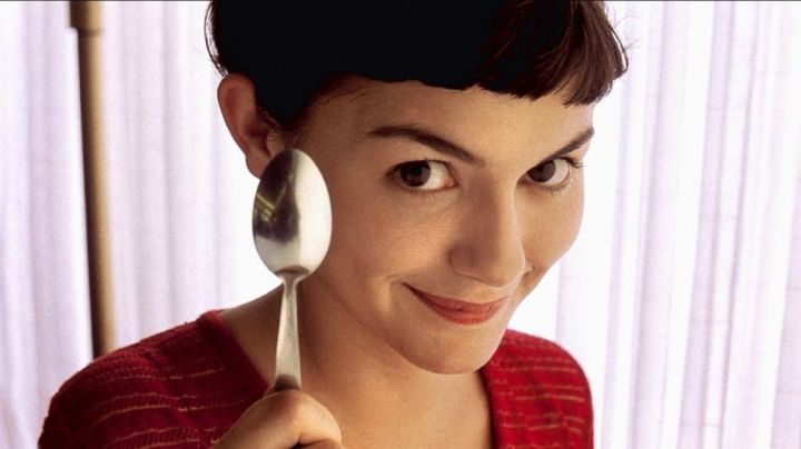 The spoon of Amélie Poulain (Audrey Tautou) in The fabulous destiny of Amélie Poulain movie