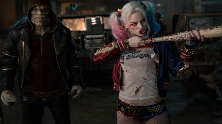 The studded belt from Harley Quinn in Suicide Squad - Movie Outfits and Products