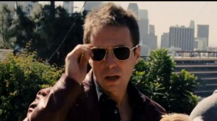 The sunglasses AO Original Pilot of Sam Rockwell in Seven Psychopaths - Movie Outfits and Products