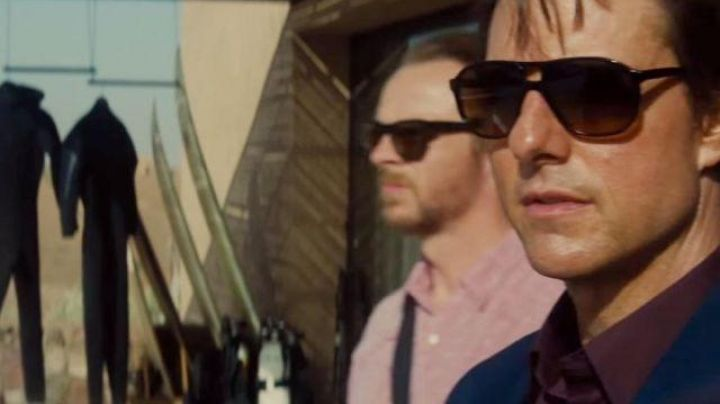 The sunglasses Ethan Hunt (Tom Cruise) in Mission : Impossible - Rogue Nation - Movie Outfits and Products