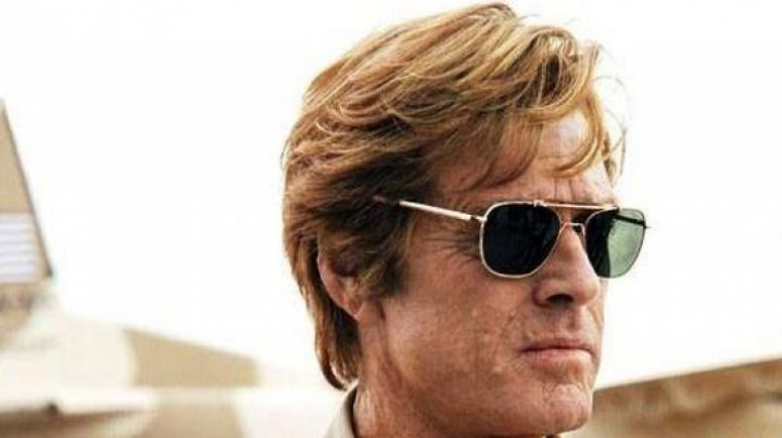 "The sunglasses Original Pilot of Nathan Muir (Robert Redford) in "" Spy Game - Movie Outfits and Products"
