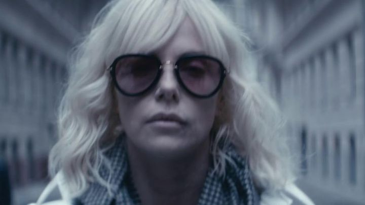 Fashion Trends 2021: The sunglasses of Lorraine Broughton (Charlize Theron) in Atomic Blonde
