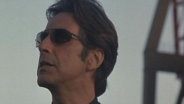 The sunglasses worn by the Lt. Vincent Hanna (Al Pacino) in Heat - Movie Outfits and Products